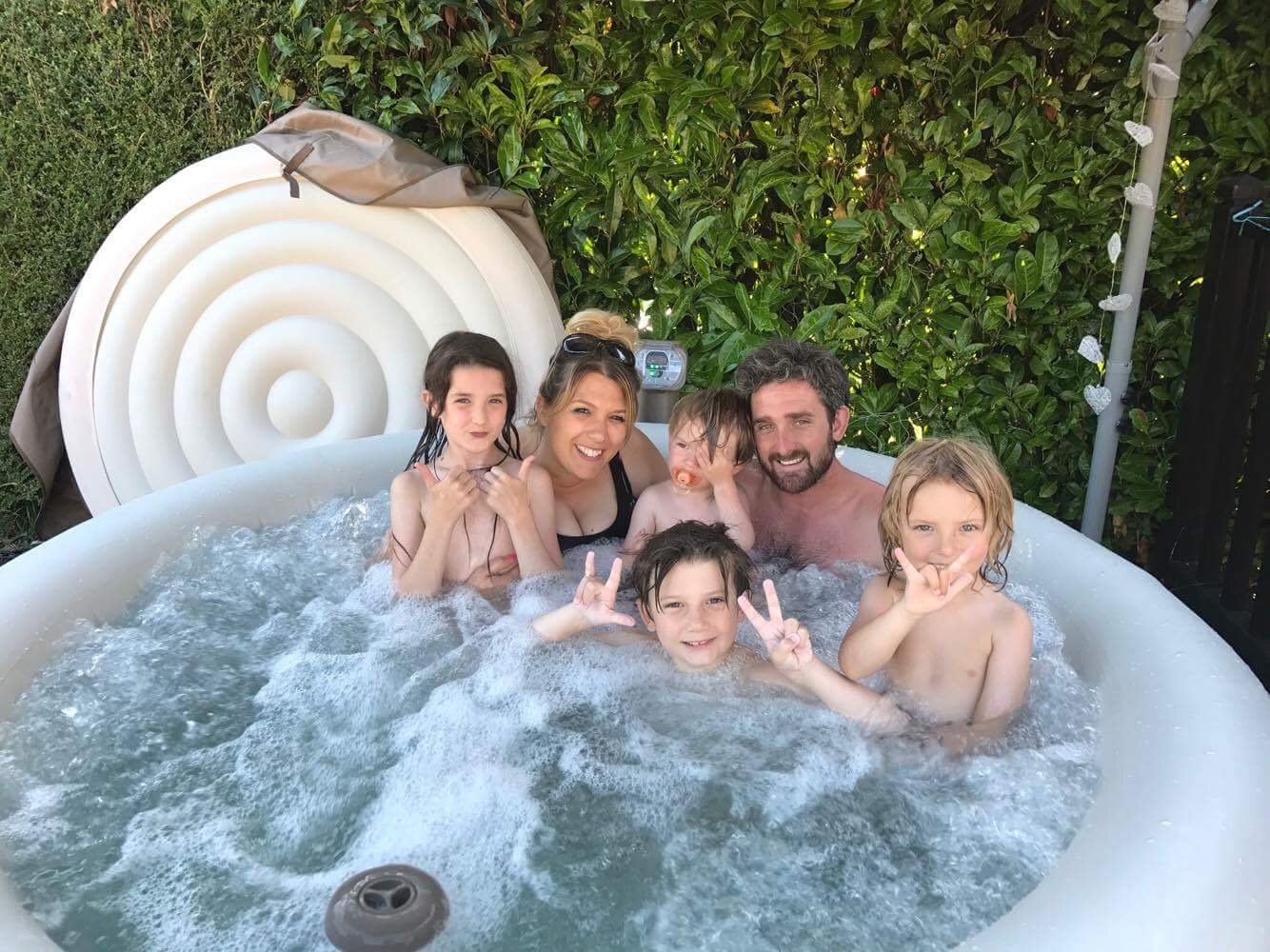 Intex inflatable hot tub spa with family