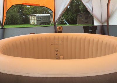 glamping-hot-tub1